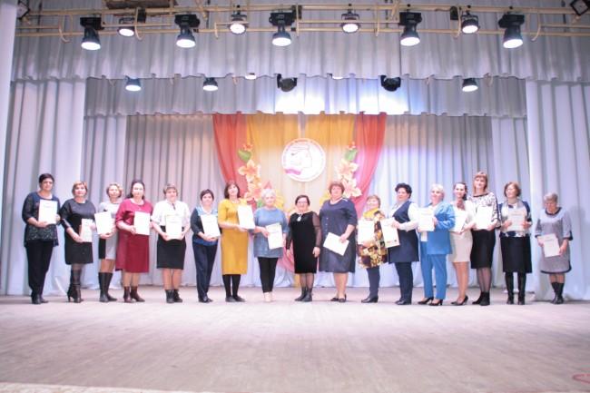 На форуме сельских женщин в Октябрьском районе обсудили реализацию нацпроектов